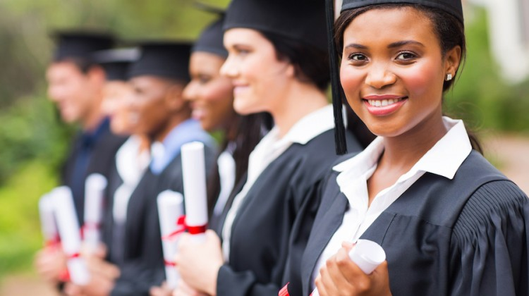 women returning to college scholarships