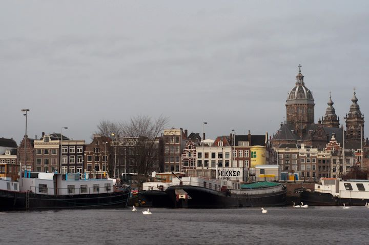 Amsterdam_winter_big_mn