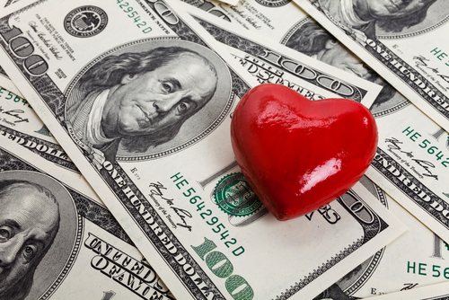 heart dollar bills