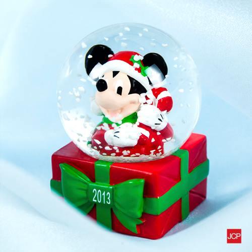 jc-penney-snow-globe
