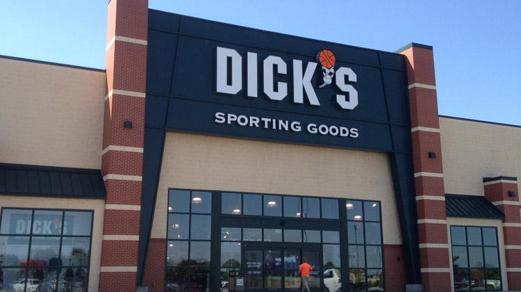 Dicks sporting goods shop