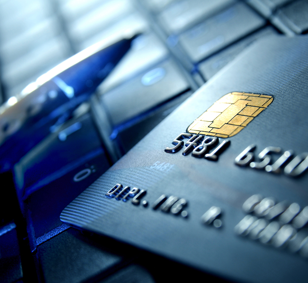 Pros and Cons of Shopping with a Credit Card - NerdWallet