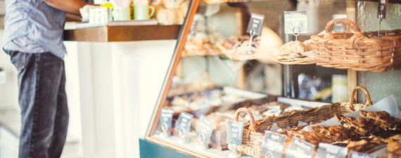 6 Financial Tips for Starting a Successful Bakery