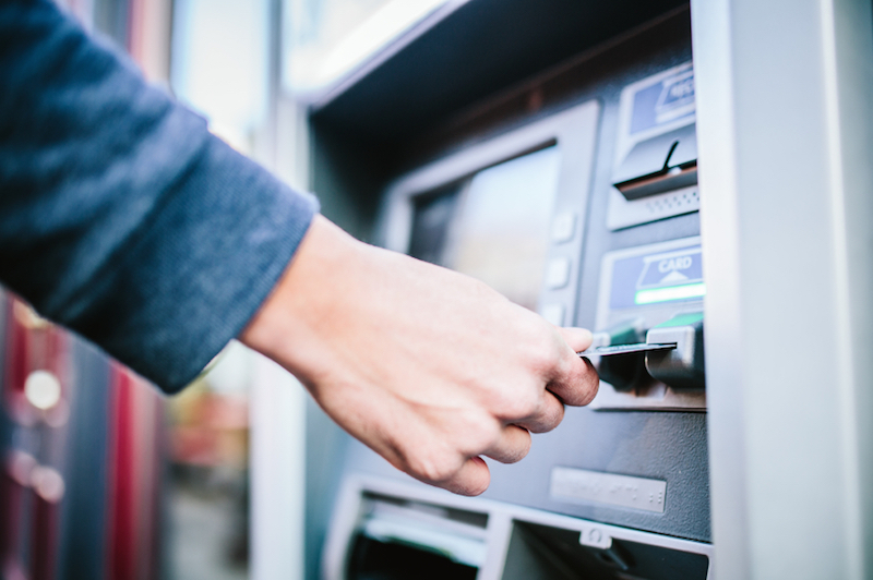 how to make a cash deposit commonwealth bank