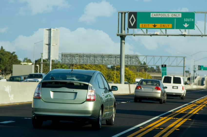 Comparing Car Insurance Quotes for Gas and Hybrid Vehicles