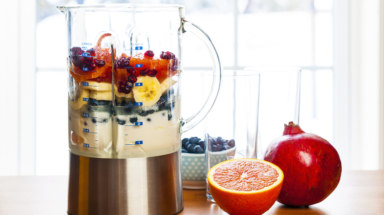 blender_fruit_smootie.jpg