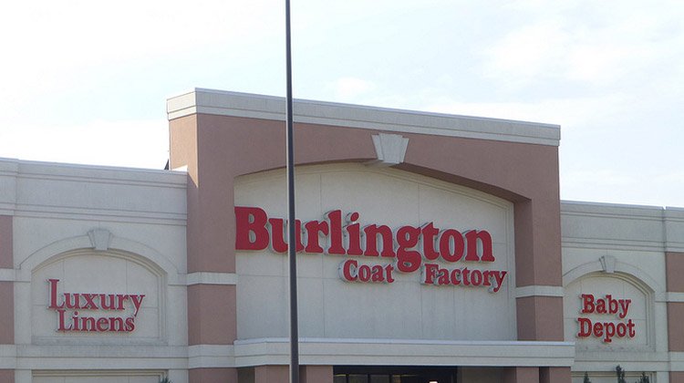 Nov 29,  · Bottom Line: A huge store but it's definitely junky. For kicks I went into Burlington Coat Factory at the old
