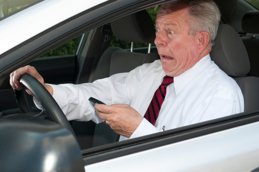 If Men Get Higher Car Insurance Quotes, It's Their Own Fault