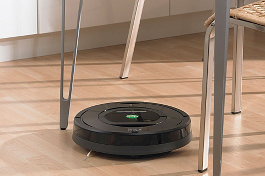 irobot roomba 770 review a close look at how the robot vacuum cleans - Roomba Vacuum Reviews