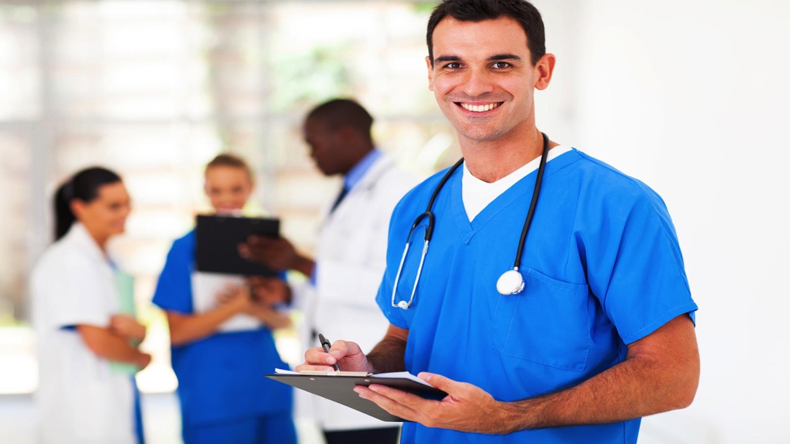 Nerdscholar Favorites Men In Nursing Programs Nerdwallet