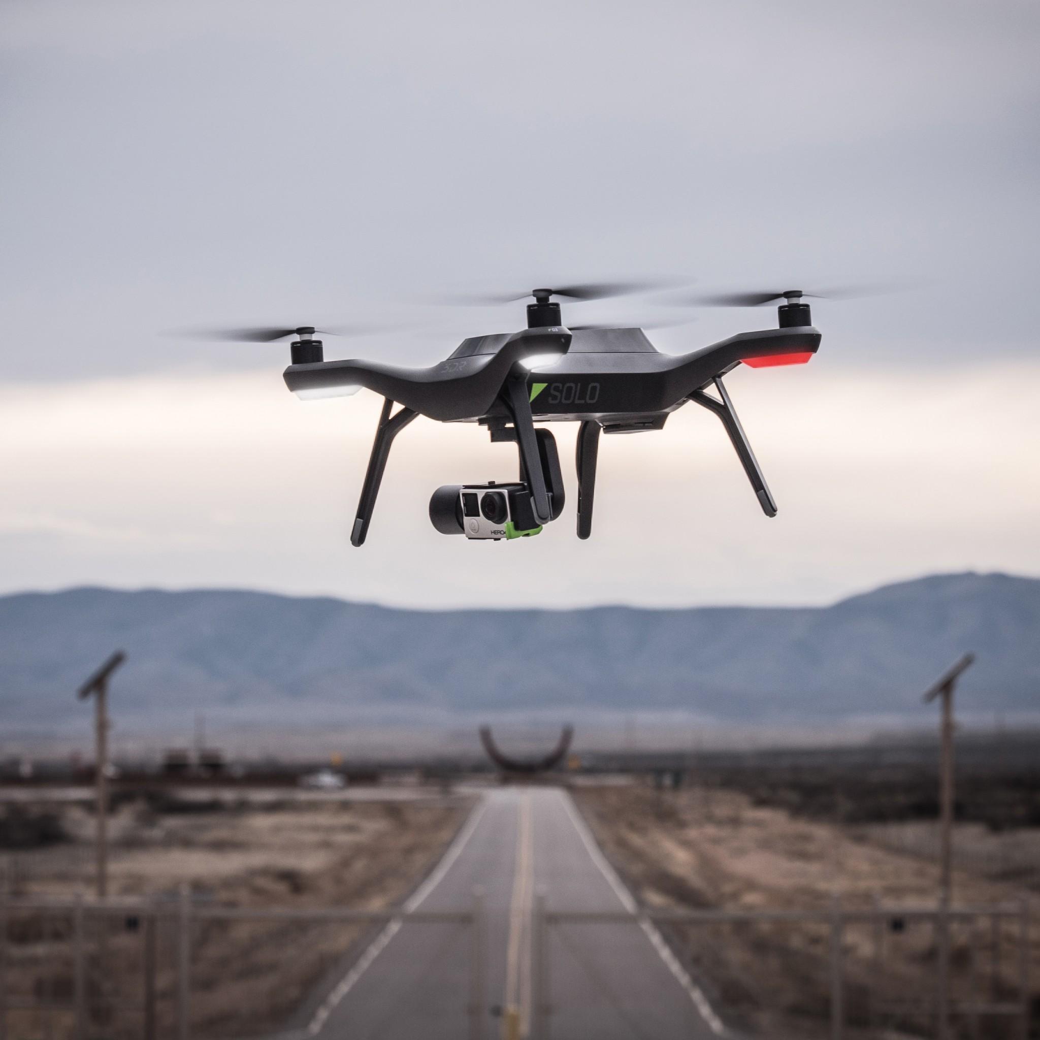 Dji Phantom 3 Drone Vs 3d Robotics Solo Drone Nerdwallet