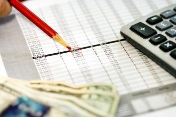 tax-credit-vs-tax-deduction-story