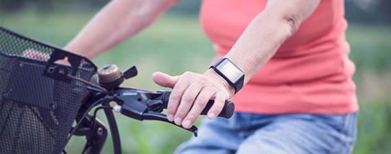 microsoft-band-2-vs-apple-watch-sport-wearable-comparison