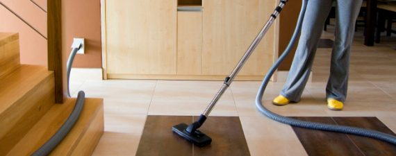 Dyson V6 Review: A Closer Look at the Stick Vacuum