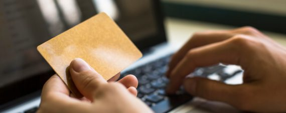 AmEx Looks at Letting You Pay With Points Anywhere Online