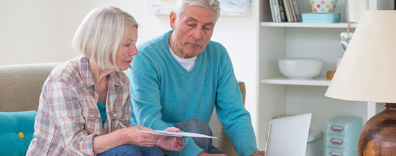 Look for These Red Flags in Seniors' Finances