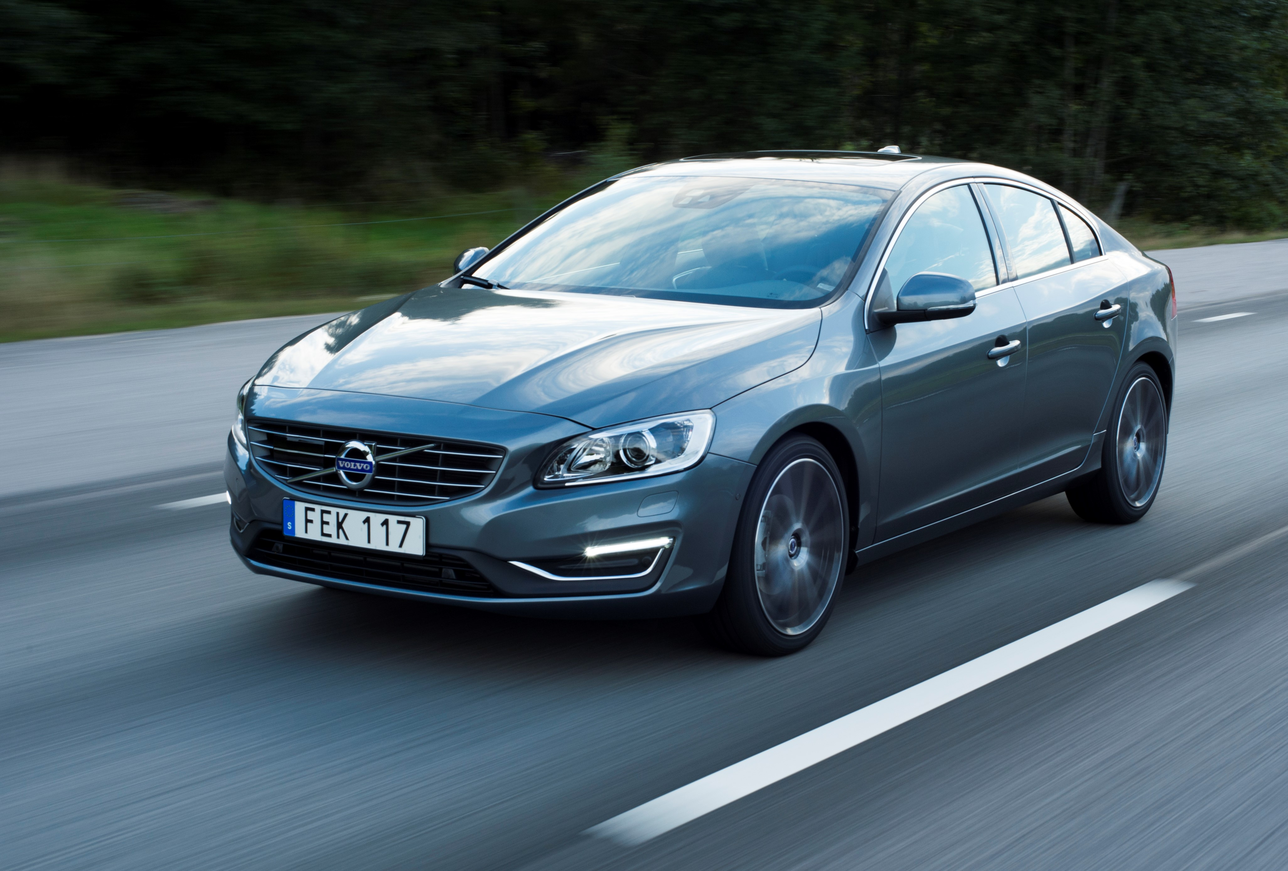 2017 volvo s60 awd review comfort safety performance. Black Bedroom Furniture Sets. Home Design Ideas