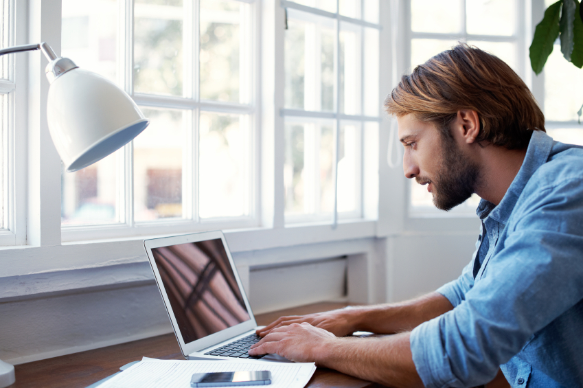 The Pros and Cons of Hiring Remote Workers
